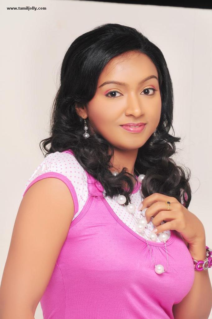Vaishali Modern Dress Sexy Stills,Tamil Actress Vaishali -3623