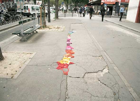 Yarn bombing, arte callejero, creatividad, graffiti urbano