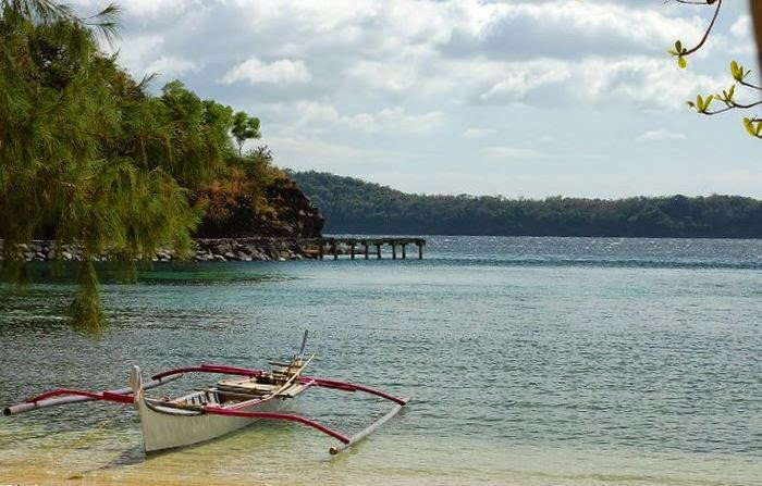 Beautiful-Beach-in-Batangas
