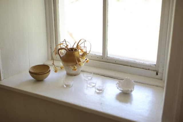 Still life vignette in deep window sill with slow living vibe - found on Hello Lovely Studio