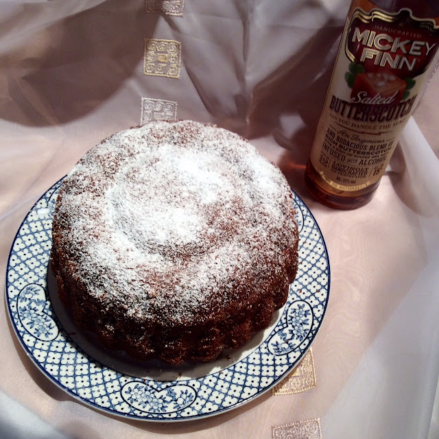 bundt cake, pound cakes, cakes baked with alcohol