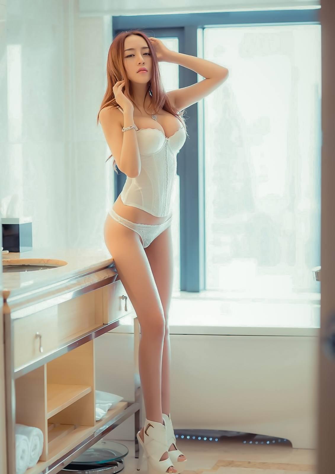 Mi%2BYeon%2BLee%2B%25E6%259D%258E%25E7%25BE%258E%25E5%25A6%258D%2B %2BBubbles Covered%2BNude%2BOutdoors%2B %2B005 - Korean Nude - Big Albom Remain #A-korean girl