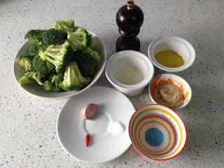 Ingredientes brócoli asado con salsa se sésamo y ajo