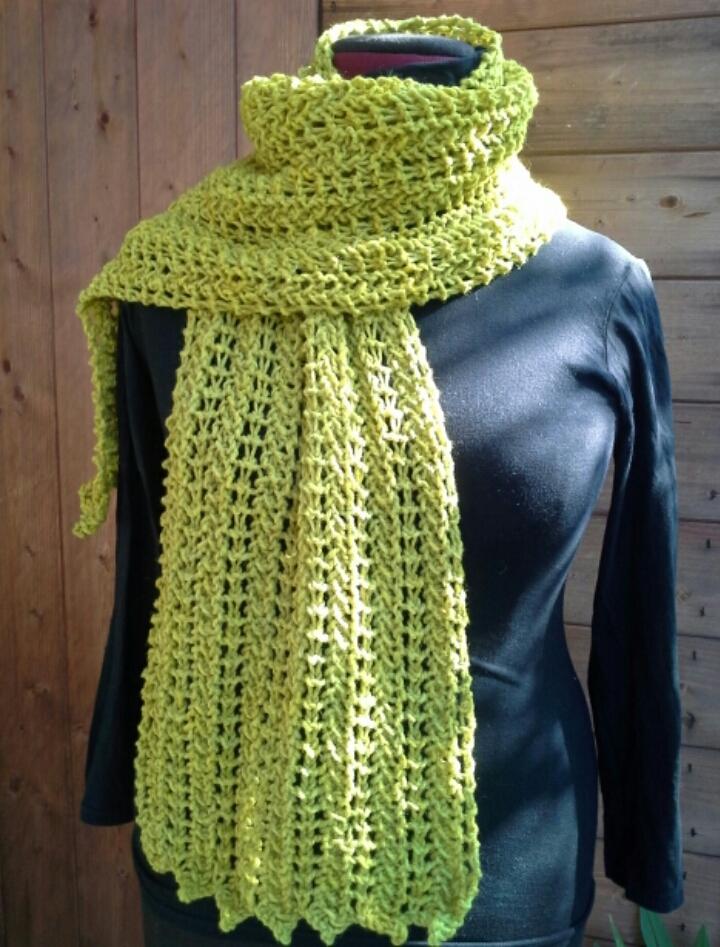 acquista originale chiaro e distintivo eccezionale gamma di colori Knitting Planet: Super Scarf, ovvero la super sciarpa!