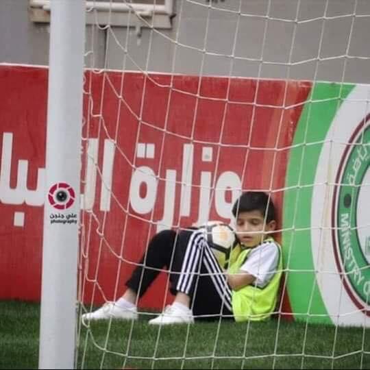 حب وعشق كرة القدم لاحدود له