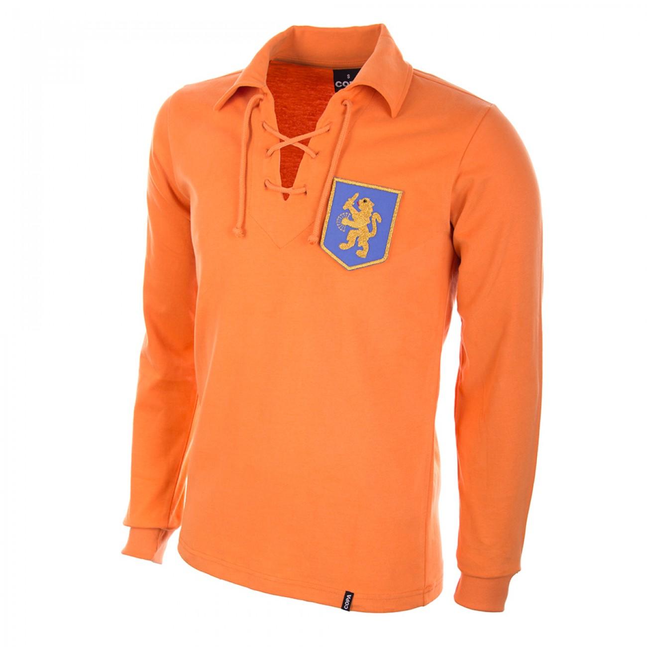 http://www.retrofootball.es/ropa-de-futbol/camiseta-holanda-a-os-50.html