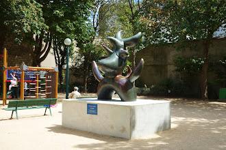 Paris : L'Oiseau Lunaire de Joan Miró - 45 rue Blomet - XVème