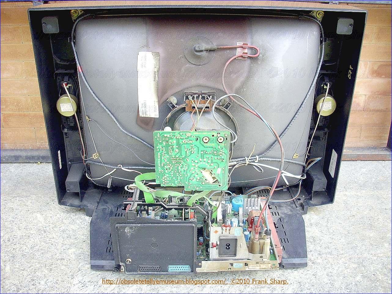 VACUUM TUBE TESTER,DIGITAL LCD TESTER KIT with 4-6 3V power