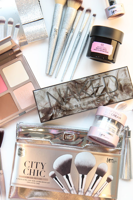 Perfect Christmas Gifts for the Beauty Addict in Your Life
