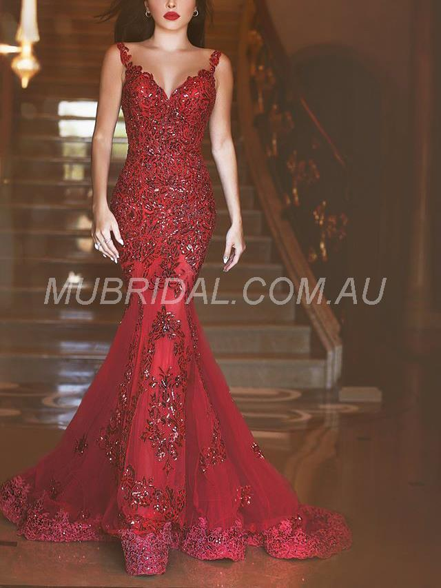 Lace Red Floor-Length Evening Dress