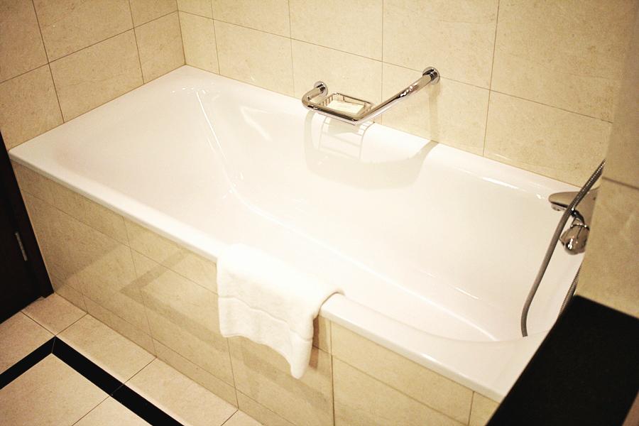 badewanne hotel wohnen