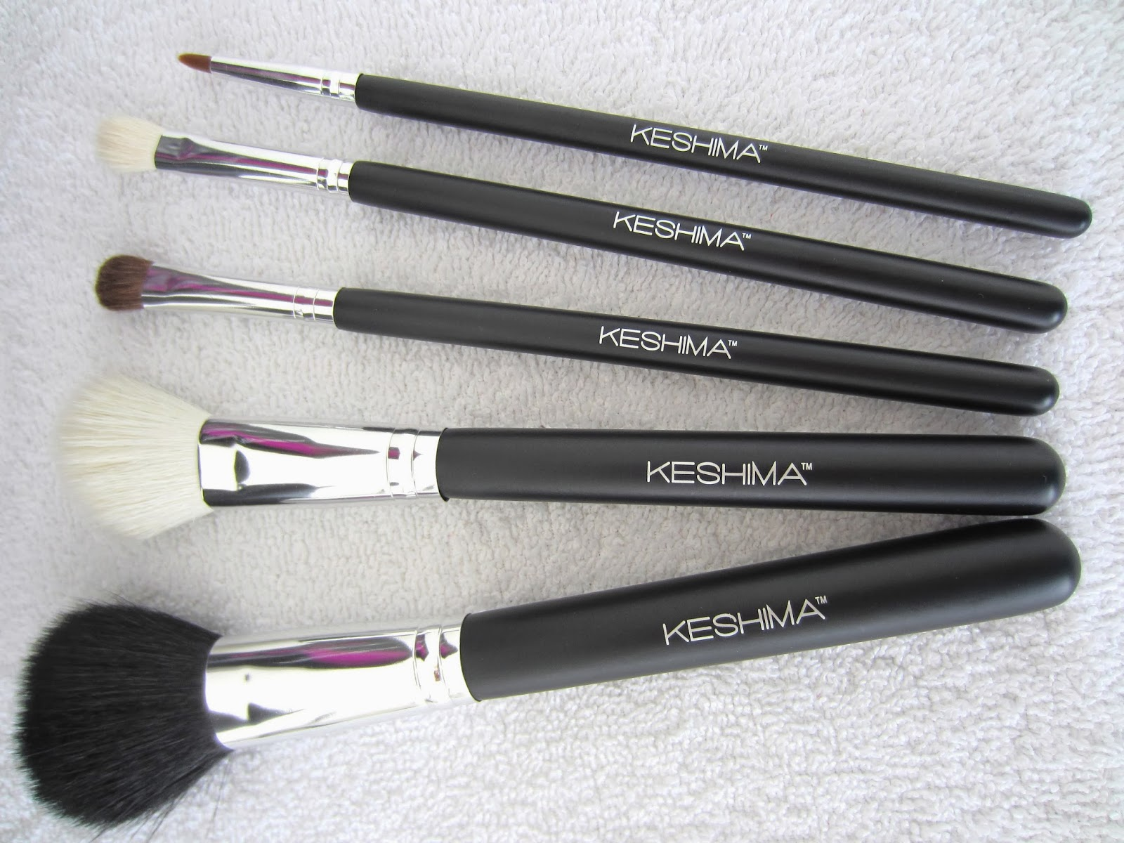 Style, Decor & More: Quality KESHIMA Make-Up Brushes {REVIEW}