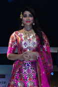 shriya saran new sizzling photos gallery-thumbnail-5