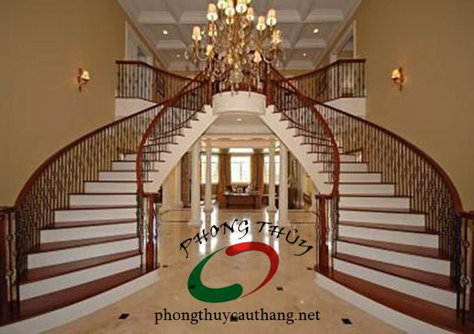 Cầu thang gỗ 2 tầng