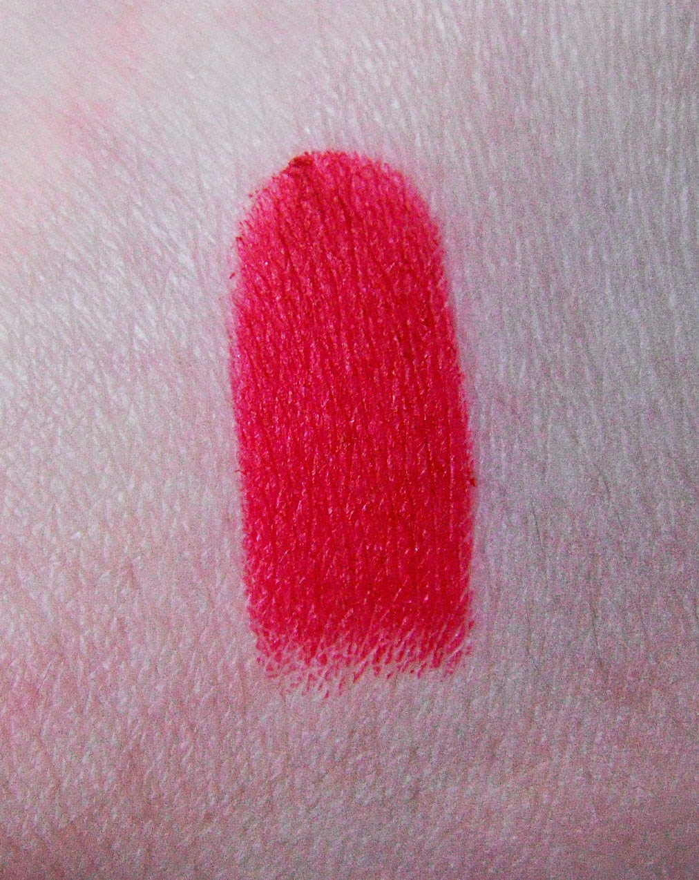 Swatch dupe Riri woo Ruby woo MAC