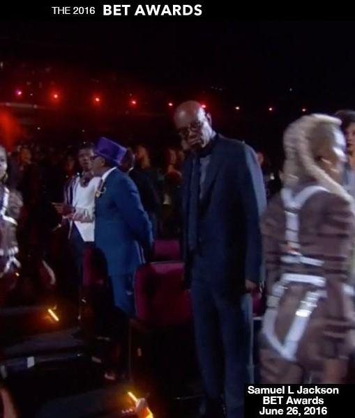 Samuel L. Jackson Stares At Beyonce Dancer's Butt At BET Awards: Watch Hilarious Vine