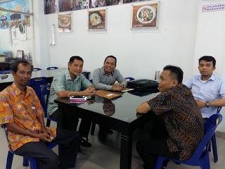 N. Hasudungan Silaen, SH Pakar SEO dan Master Search Engine Optimization juga Berprofesi Pengacara-Advokat-Lawyers di Medan-Indonesia