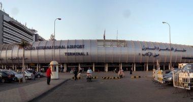 هبوط طائرة اضطراريا بمطار القاهرة لانقاذ راكب
