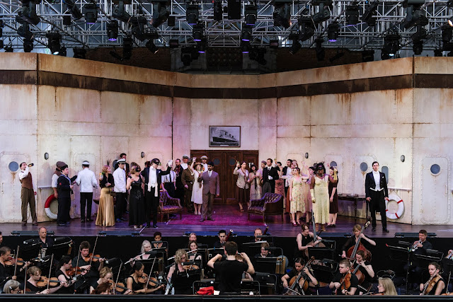 OHP Young Artists with the Opera Holland Park Chorus in Opera Holland Park's production of Don Giovanni (Young Artists Performance 2017) © Alex Brenner