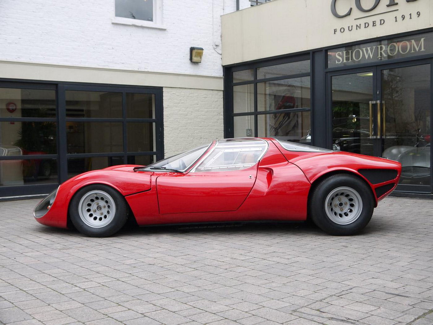 holy moses an alfa romeo 33 stradale just turned up for auction. Black Bedroom Furniture Sets. Home Design Ideas