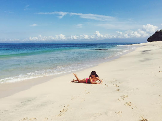 foto suasana di pantai dreamland bali