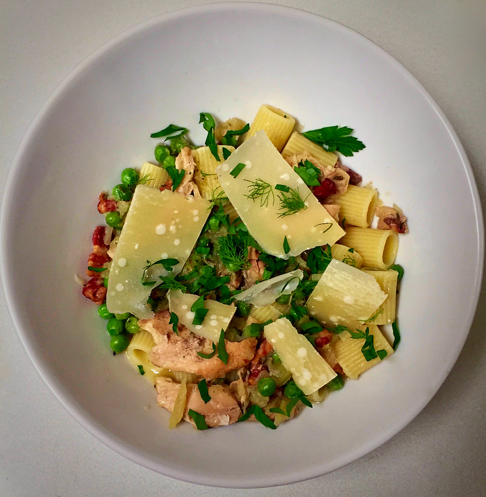 Spring Pasta With Chicken Ragu Fennel And Peas
