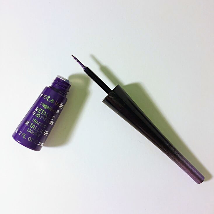 wet n wild Fantasy Makers megaliner Metallic Liquid Eyeliner Purple Poison