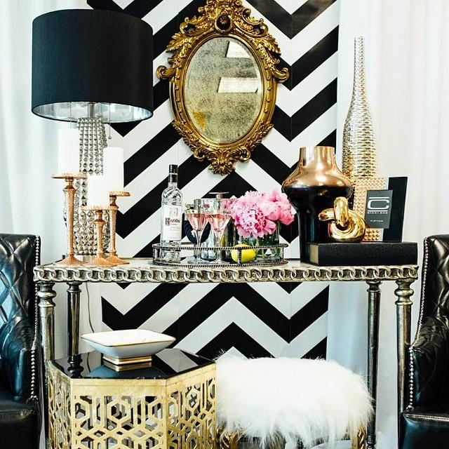 Dawnsboutique create a glam style living room for your abode for Hollywood glam living room ideas