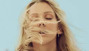 Ellie Goulding lança clipe de Army