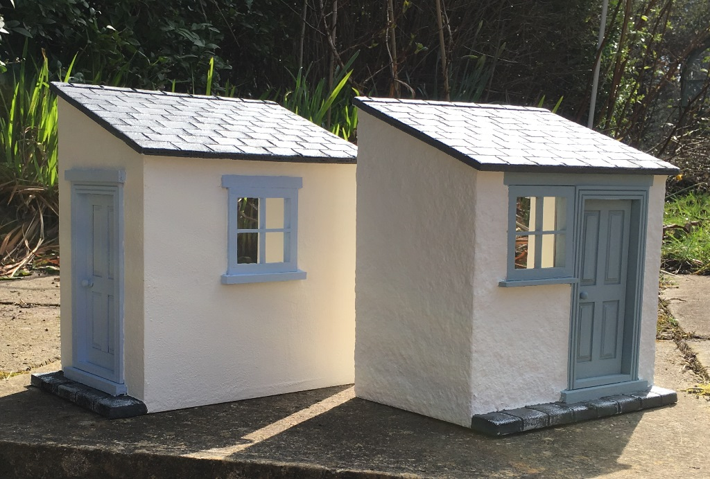 Julie 39 s dolls house blog two cottage scullery kitchen for Cottage kitchen extensions
