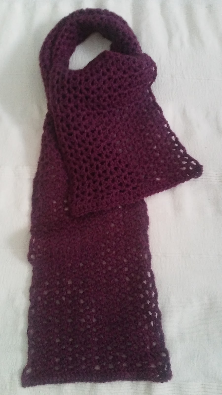 Crochet & Knitting: V-Stitch scarf