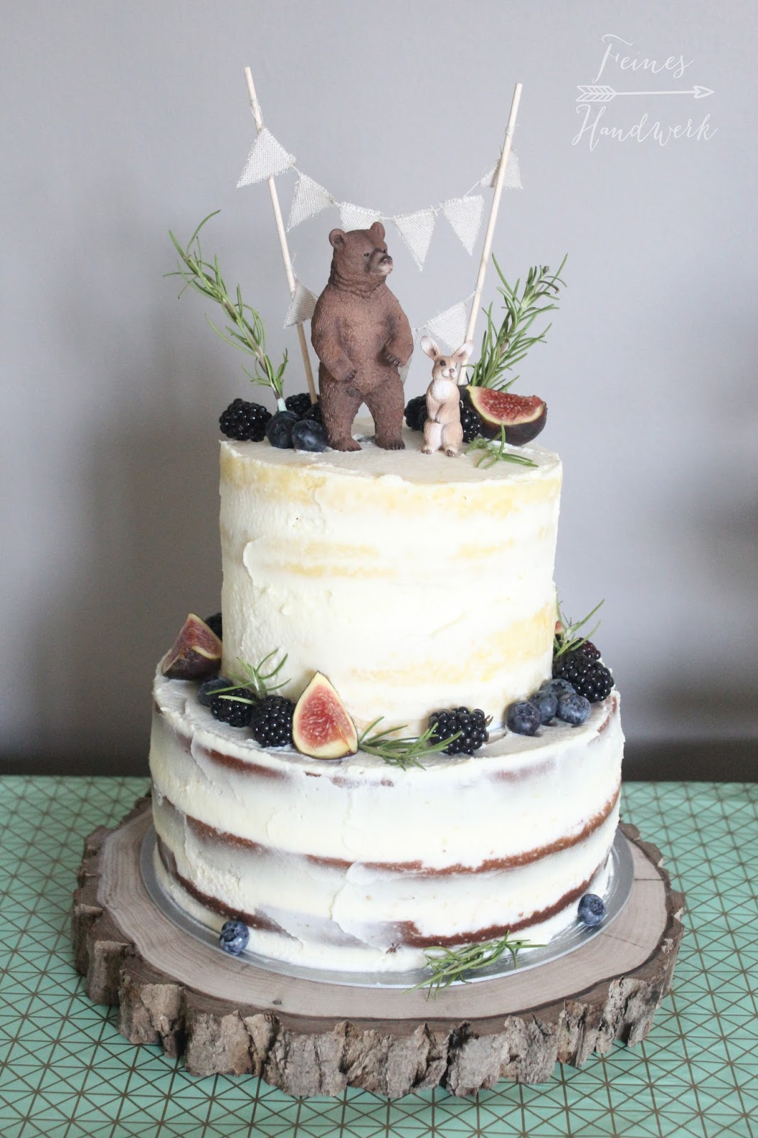 Feines Handwerk Baby Shower Party Mit Einem Barigen Woodland Naked Cake