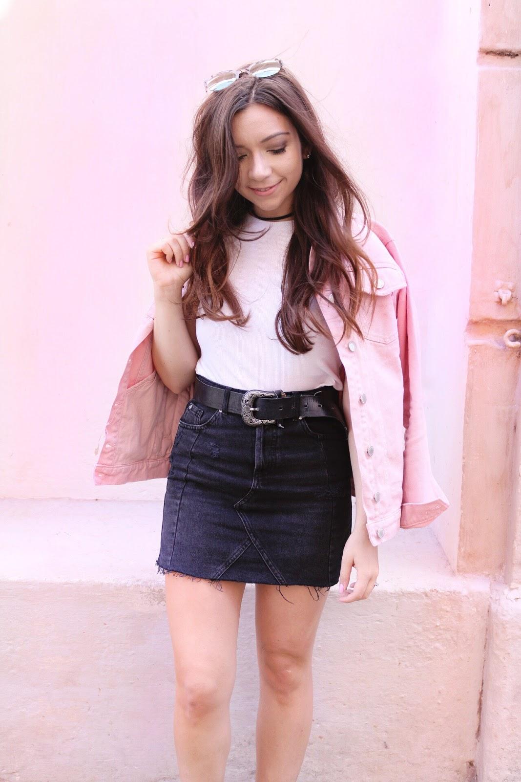 d7b44ae6f Three Ways To Style A Denim Skirt - Dizzybrunette