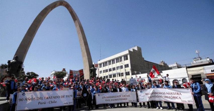 Cerca de 200 estudiantes de Tacna homenajearon a los héroes de la Guerra del Pacífico