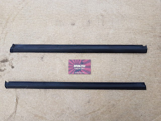 NISSAN 300ZX Z32 REAR QUARTER GLASS EXTERNAL PLASTIC WEATHER TRIMS X 2