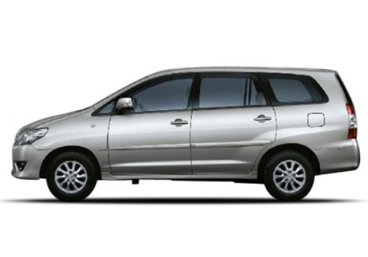 Toyota Innova G 8-Seater Images 2013