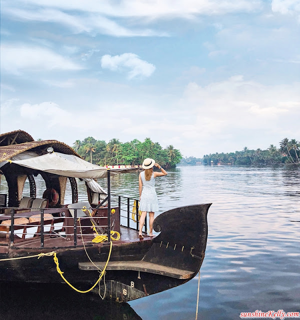 Explore Kochi, The Gateway to Kerala, AirAsia, Kochi, India, St. Francis Church, Spice Road, Jew Street, Matancherry, Fort Kochi, Muziris Biennale, Chinese Fishing Net, Kathakali Dancers Performance, Holi Festival in India, Grand Hyatt Kochi Bolgatty, Travel