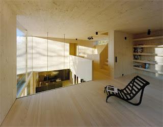 interior de casa de madeira