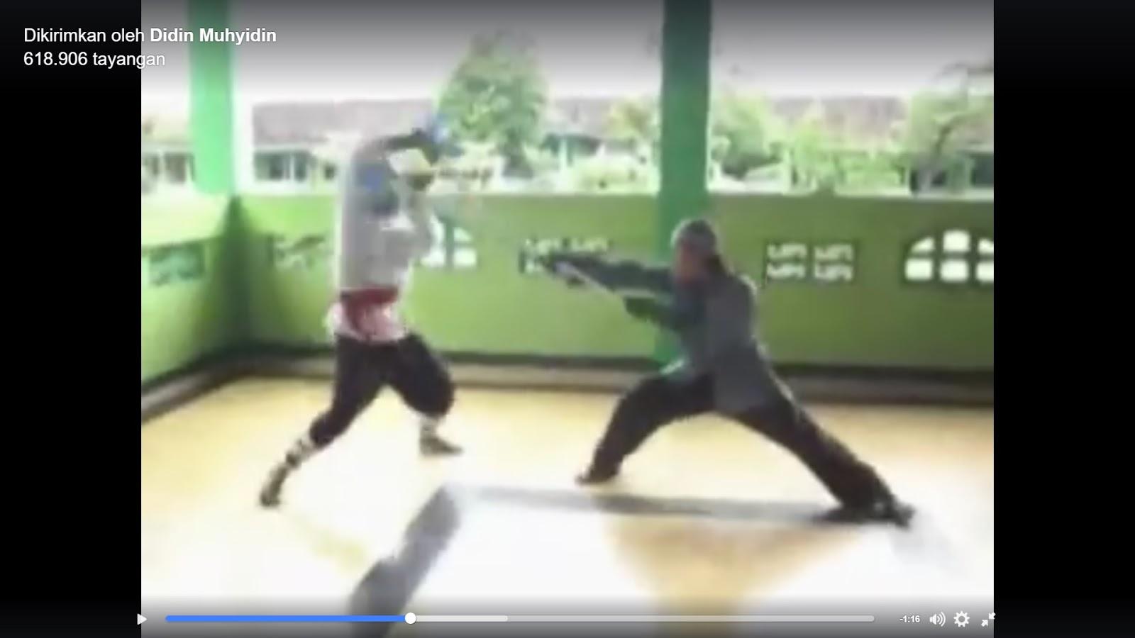 """Wow Keren, Video Aksi Beladiri """"Anak Pondok"""" Tantang PKI """"Tobat Atau Mati"""""""