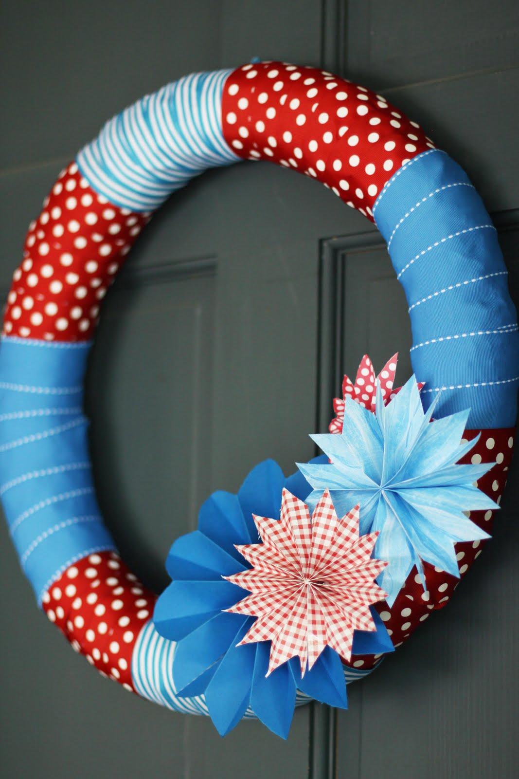 Duzzit: Patriotic Wreath Ideas