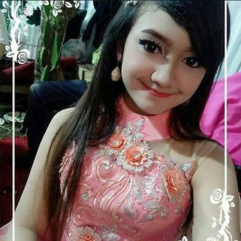 Jihan Audy yang sangat terkenal dengan lagu dangdut koplonya Download Koleksi Lagu Jihan Audy Mp3 Terbaru Dan Terpopuler 2019