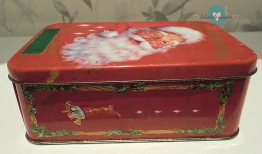 Lata con Santa