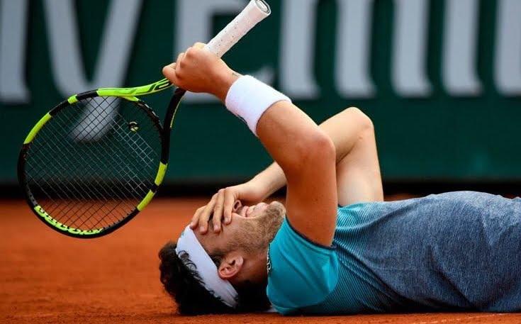 Incredibile al Roland Garros: Cecchinato batte Djokovic e vola in semifinale del prestigioso torneo di tennis di Parigi