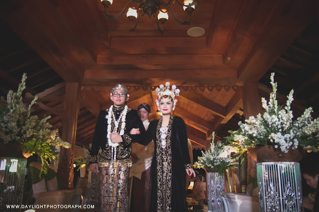foto pernikahan tradisional jawa gaya yogyakarta