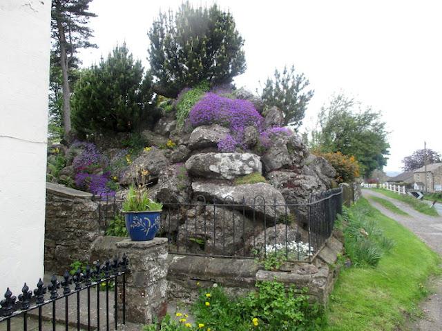 Aysgarh Rock Garden