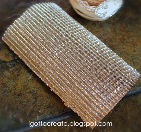 Make #aluminum foil WAFFLE CLOTH | #tinfoil rickrack Tutorial at I Gotta Create!