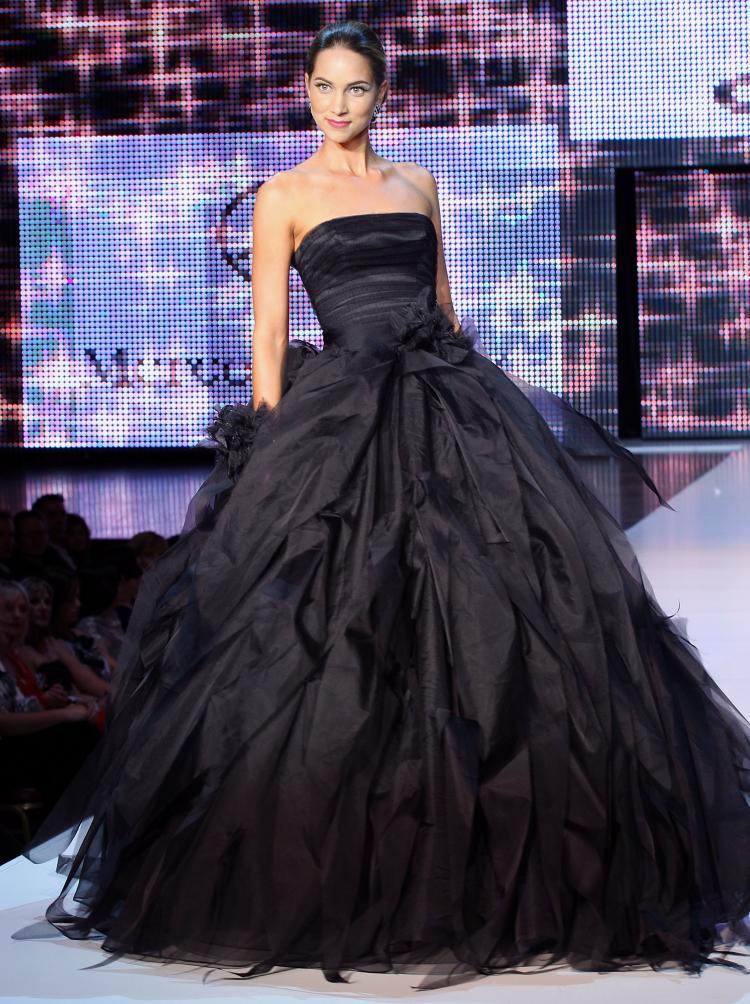 Black Wedding Dress Photos, Black Wedding Dress Pictures ...