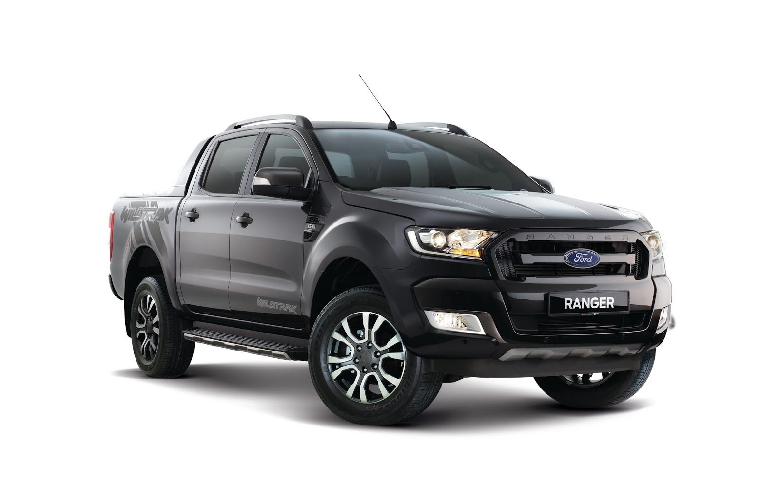 motoring malaysia new colours for the 2018 ford ranger meteor grey for the wildtrak and cool. Black Bedroom Furniture Sets. Home Design Ideas