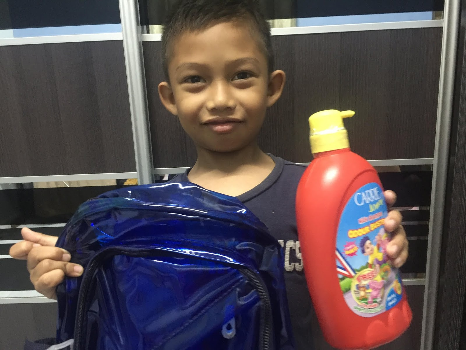 syampu rambut kanak-kanak, istimewa untuk kanak-kanak aktif, carrier junior produk, harga produk carrie junior