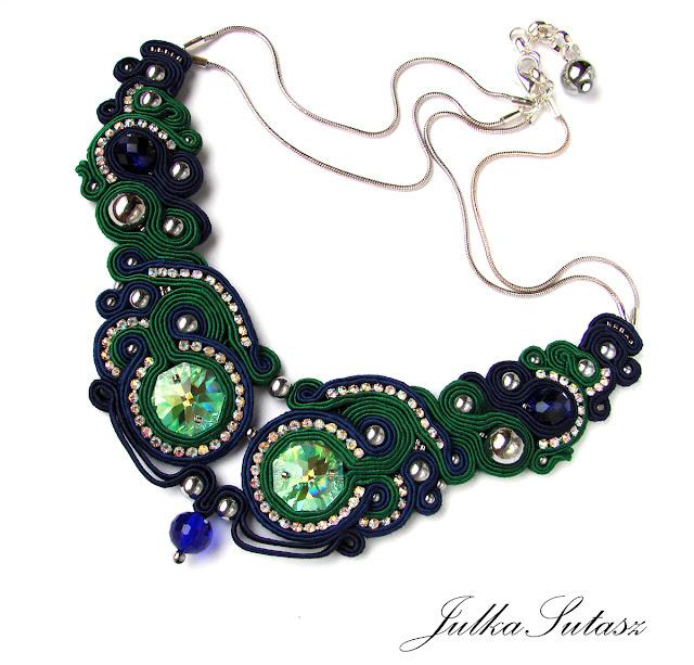 *Morning Dew* Beautiful shining necklace
